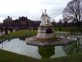 Queen Victoria Statue & Kensington Palace