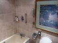 Das Bad im Lancaster Hotel