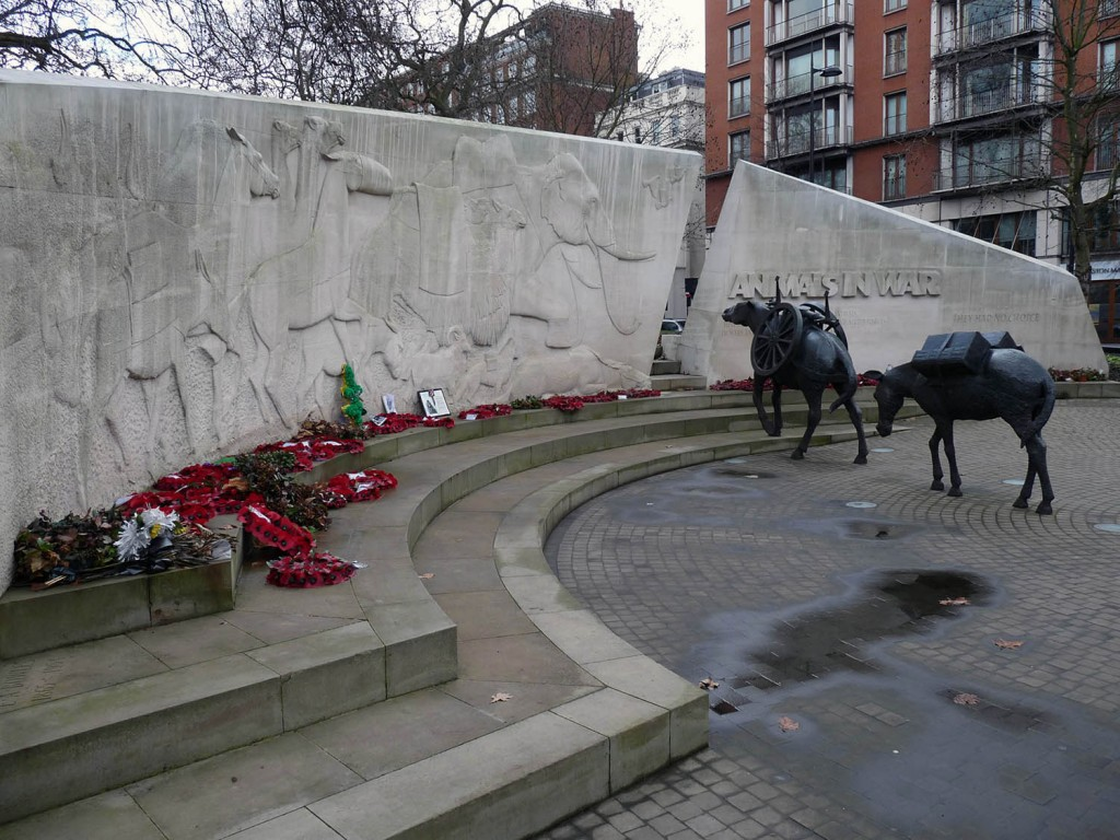 Animals in War Monument