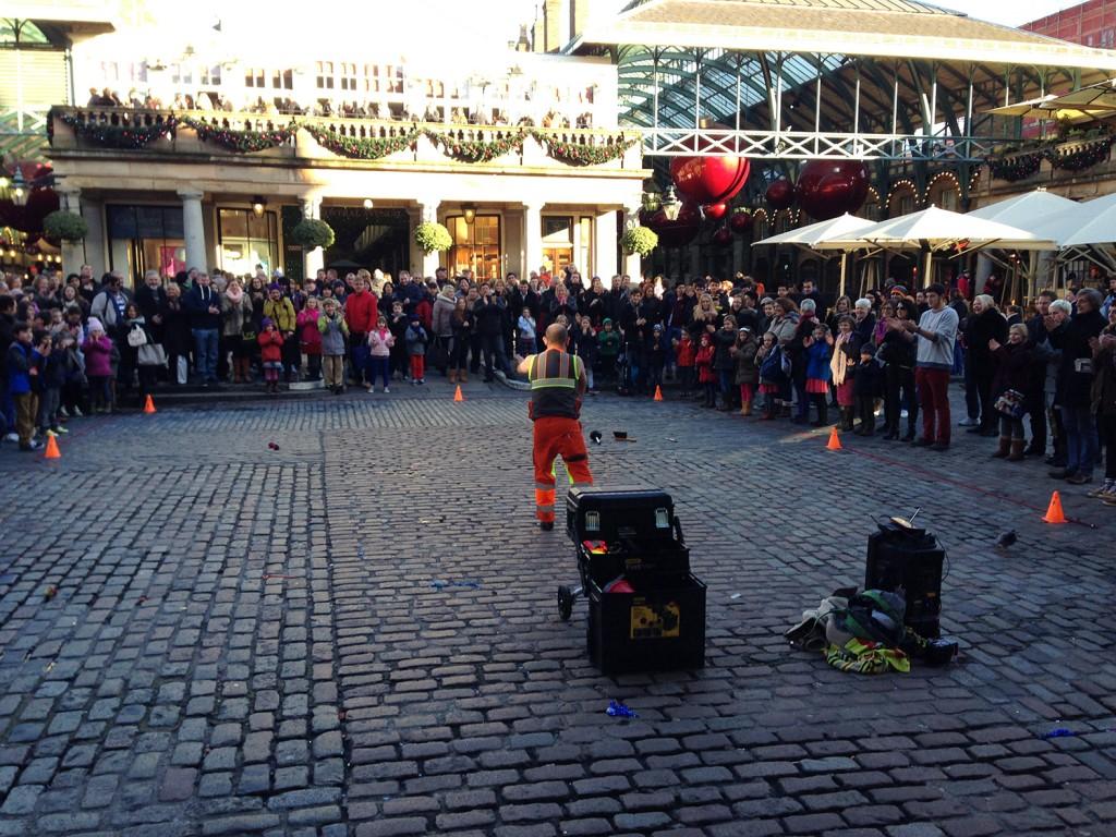 Straßenkünstler am Covent Garden / Apple-Market
