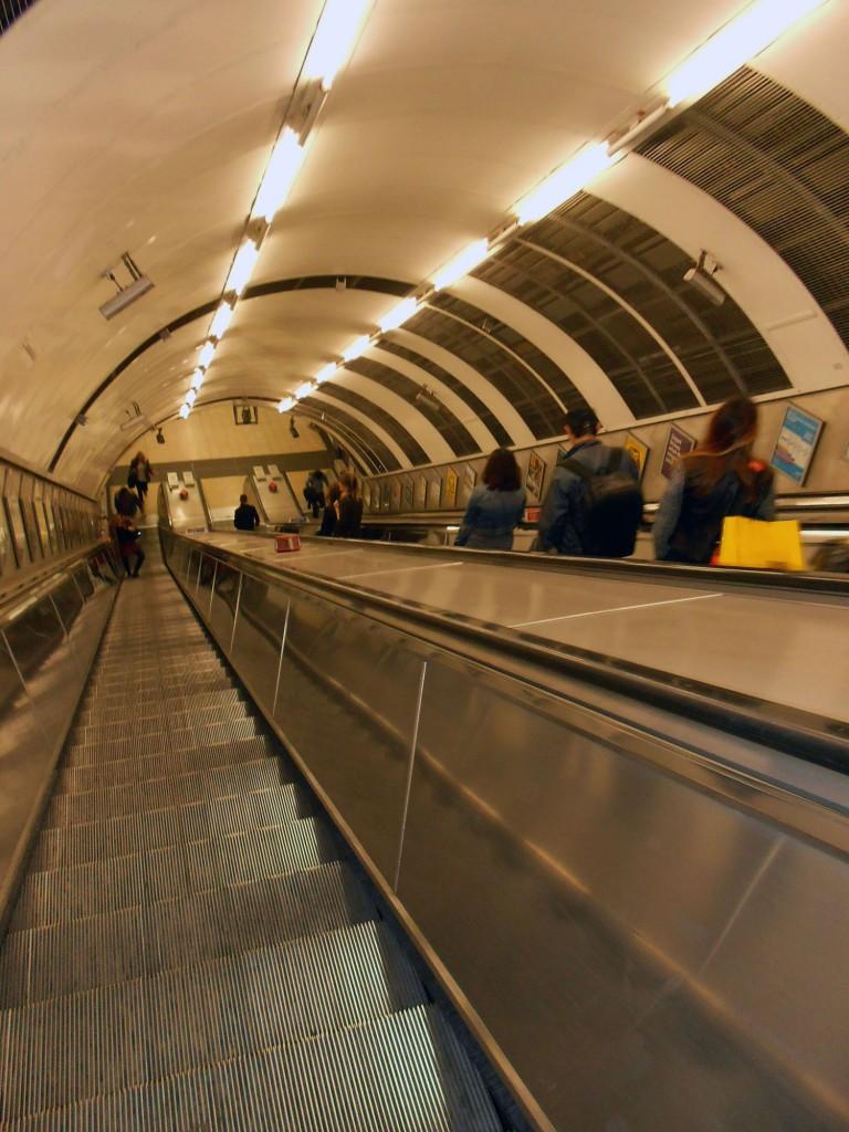 Rolltreppe in einer Underground Station