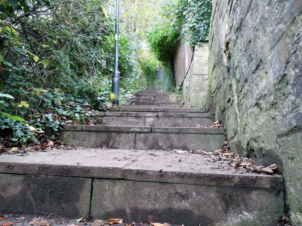 Der kleine versteckte Weg zum Alexandra Park