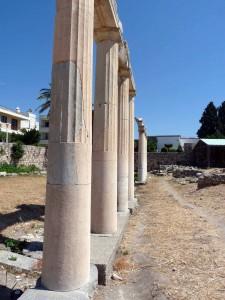 Säulen bei den westlichen Ausgrabungen